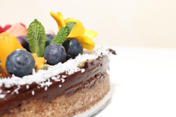 savage chocolate raw cake